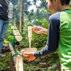 逗子ギャング(定員20組)夢の竹流しそうめん~器と箸と土台を竹で作ってみよう~